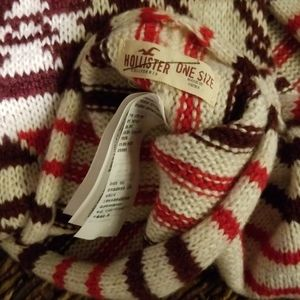 Hollister Accessories - Hollister infinity scarf